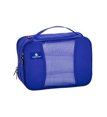 Eagle Creek - compact 5 litre kit separating bag.