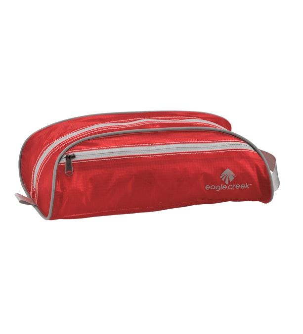 Eagle Creek - ultra lightweight 3 litre duffel-style toiletry bag.
