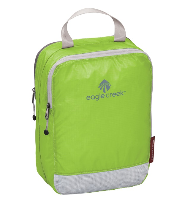 Eagle Creek - two-compartment 5 litre packing cube.