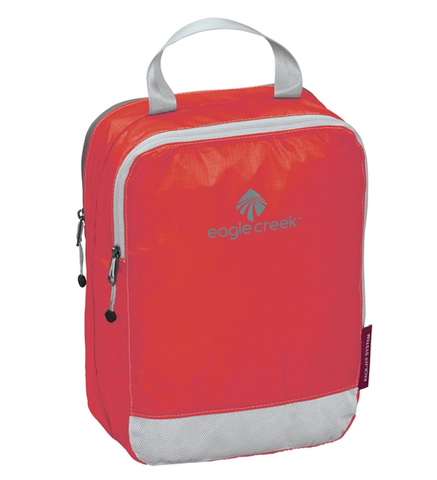 Pack It™ Specter Clean Dirty Half Cube - Eagle Creek - two-compartment 5 litre packing cube.