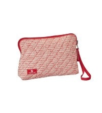 Eagle Creek™ - reversible, water-repellent, quilted wristlet.