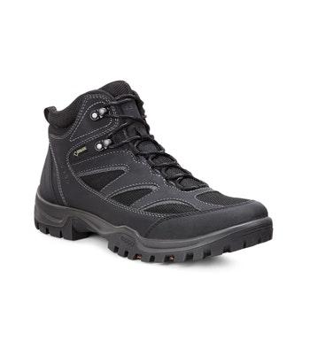 Durable waterproof walking boot.