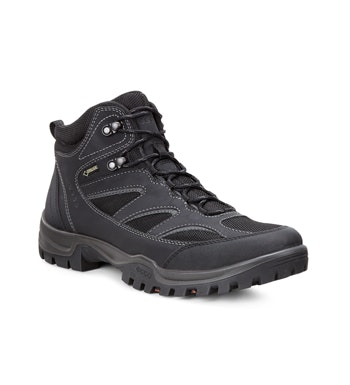Durable waterproof walking boot.