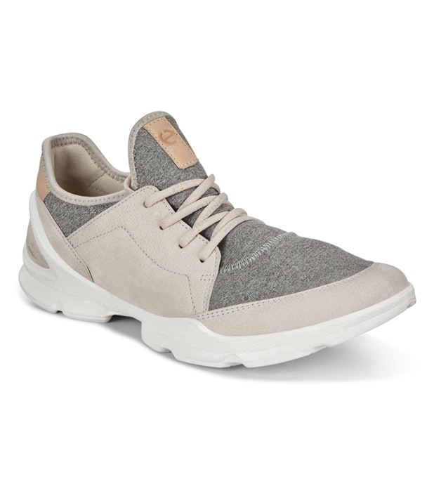 Ecco Biom Life Street Soloma  - Low-profile travel trainers.