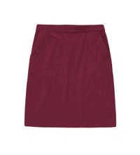 Comfortable, knee-length travel skirt.
