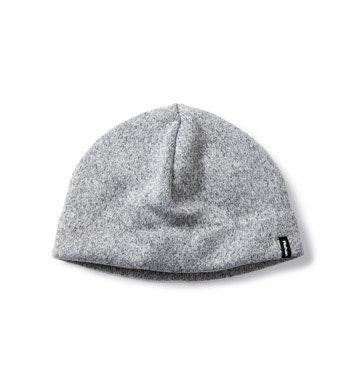 Quick-drying knit-effect fleece hat.